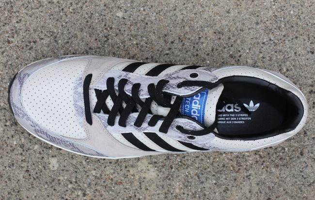 adidas-tech-super-grey-snake-4