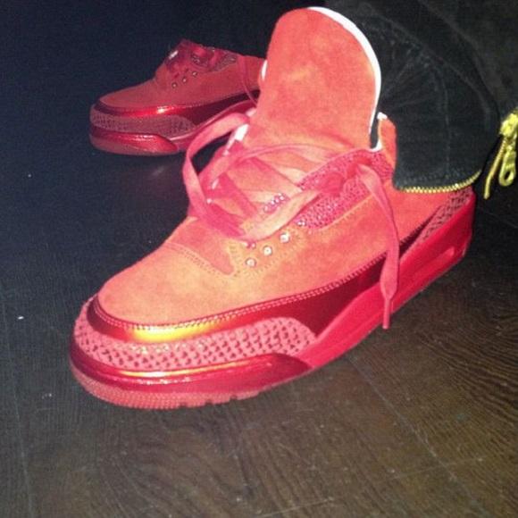 Air Jordan III 3 Red October New Image