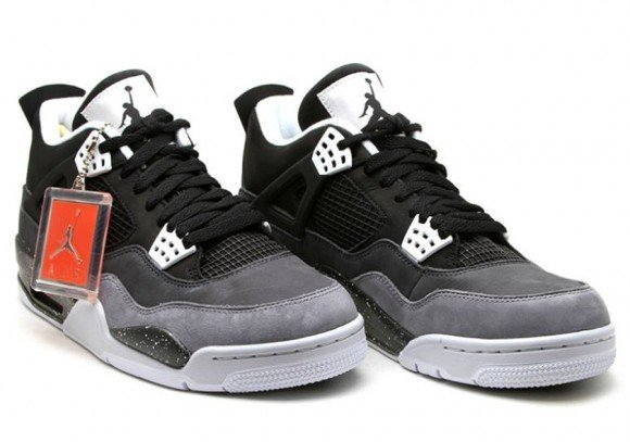 Air Jordan Retro IV Fear Yet Another Detailed Look