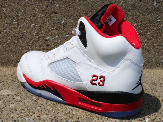Air Jordan V Fire Red Release Reminder