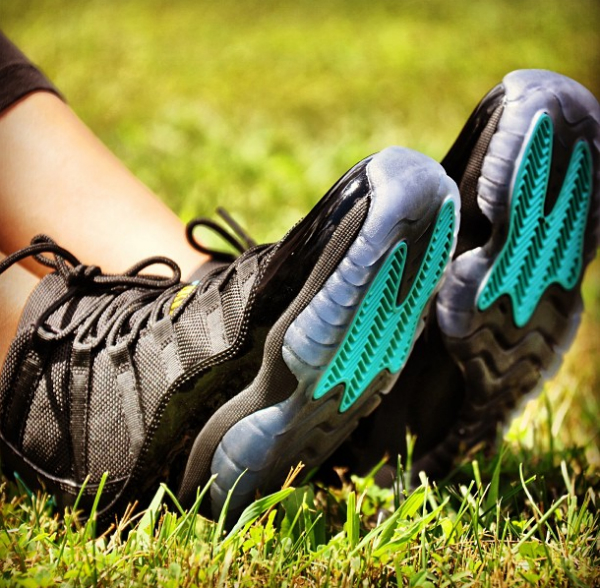 air-jordan-xi-11-gs-gamma-blue-on-foot-images-3