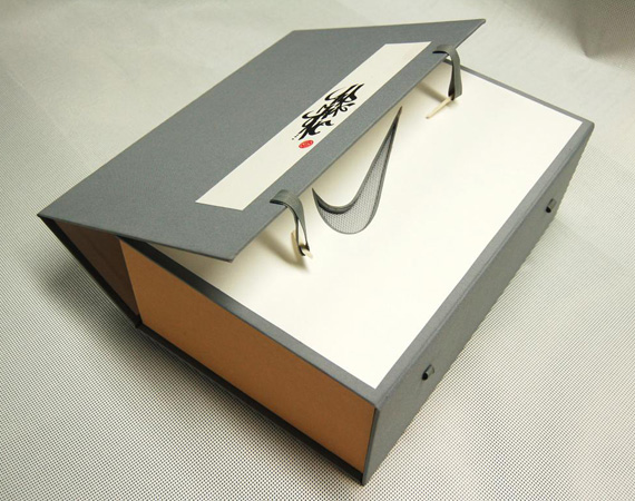 clot-nike-air-max-1-sp-kiss-of-death-special-packaging-4
