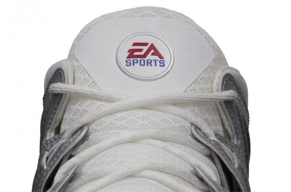 ea-sports-nike-free-trainer-7-0-madden-25-now-available-1