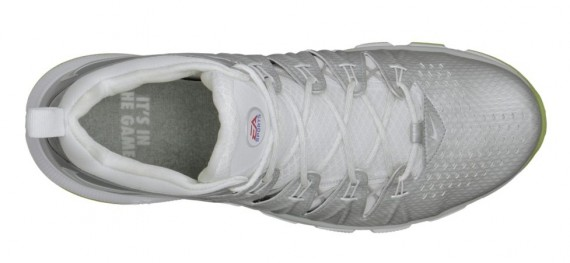 ea-sports-nike-free-trainer-7-0-madden-25-now-available-4