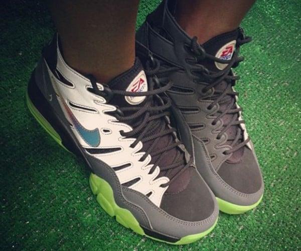 ea-sports-nike-trainer-max-2-94-promo-pe