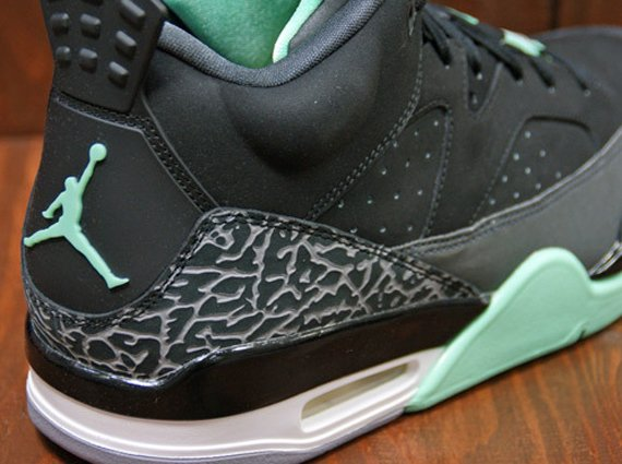 Jordan Son of Mars Low Green Glow Release Date