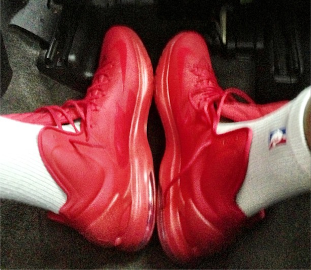 kevin-durant-brings-out-nike-kd-v-5-red-september