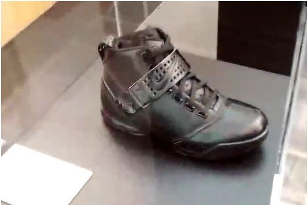 lebron-james-preview-nike-lebron-blackout-collection-7