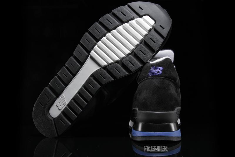 new-balance-996-black-blue-3