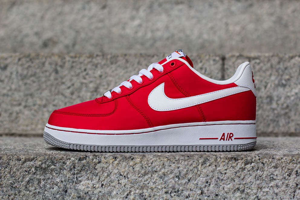 Nike Air Force 1 Low Nylon  University Red   ba1d7d0ebb21