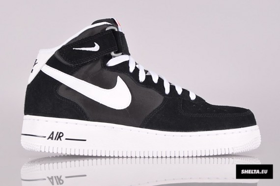 Nike Air Force 1 Black And White Mid