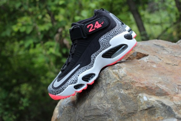 Nike Air Griffey Max 1 Safari Another Look