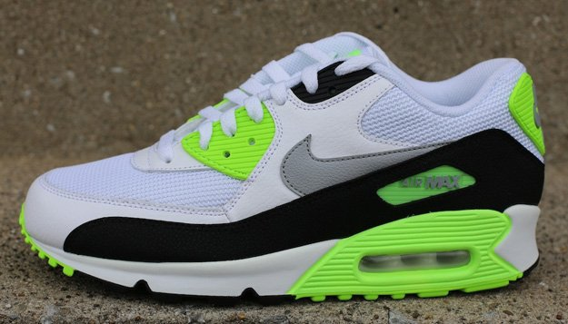 nike air max 90 essential fluo