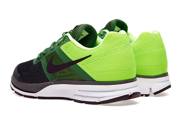 nike-air-pegasus-30-fortress-green-5