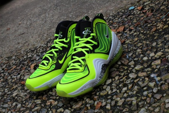 Nike Air Penny V Volt Release Date