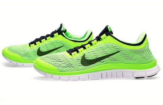 junio Te mejorarás Fácil de comprender  Nike Free 3.0 V5 'Flash Lime' | SneakerFiles