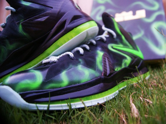 Nike LeBron X Elite ParaNorman by AMAC Customs