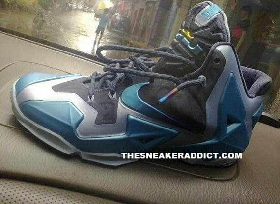 Nike LeBron XI Grey Blue
