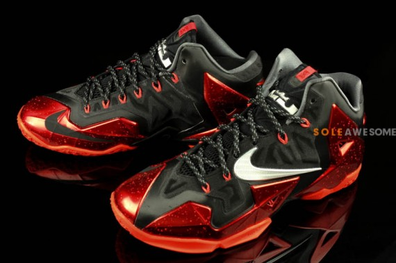 Nike LeBron XI Heat Yet Another Look