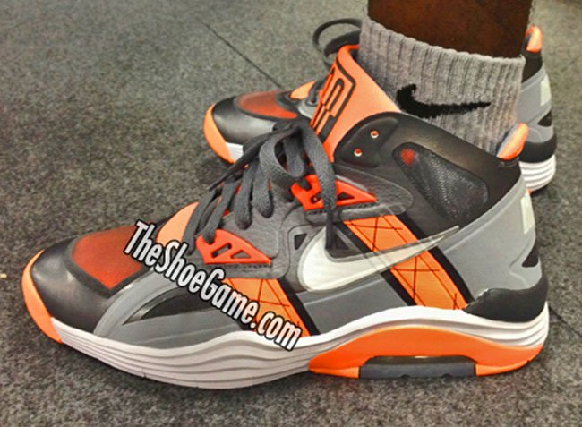 nike-lunar-180-trainer-sc-first-look