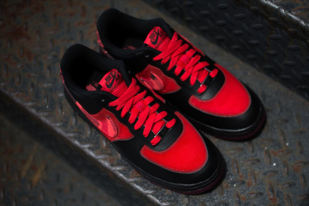 nike-lunar-force-1-fuse-leather-red-camo-now-available-2