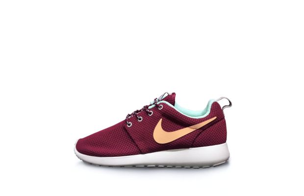 nike-roshe-run-raspberry-red-purple-dynasty