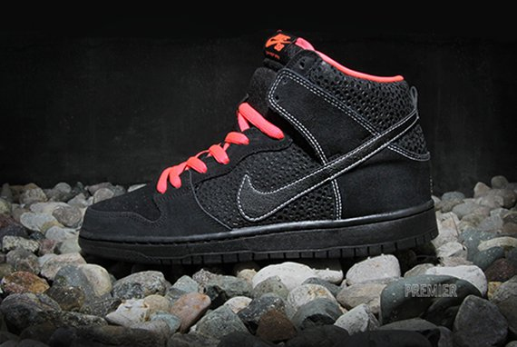 Nike Sb Dunk High Negro Atómica Zanahoria Roja