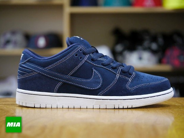 nike-sb-dunk-low-pro-midnight-navy-white-2