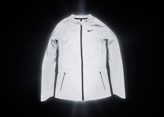 nike-tennis-introduces-reflective-vapor-flash-footwear-and-jackets-10