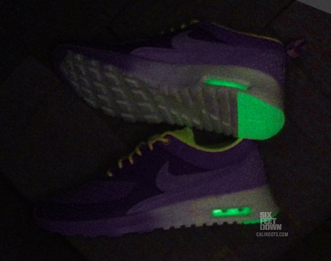 nike-wmns-air-max-thea-qs-electric-purple-9