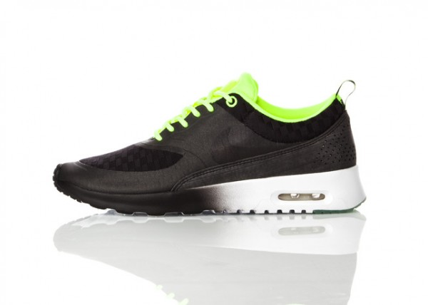 nike-wmns-air-max-thea-woven-pack-release-date-info-2