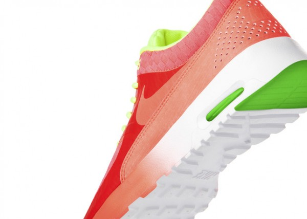 nike-wmns-air-max-thea-woven-pack-release-date-info-8