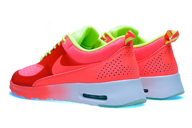 nike-wmns-air-max-thea-woven-qs-atomic-red-volt-white-4