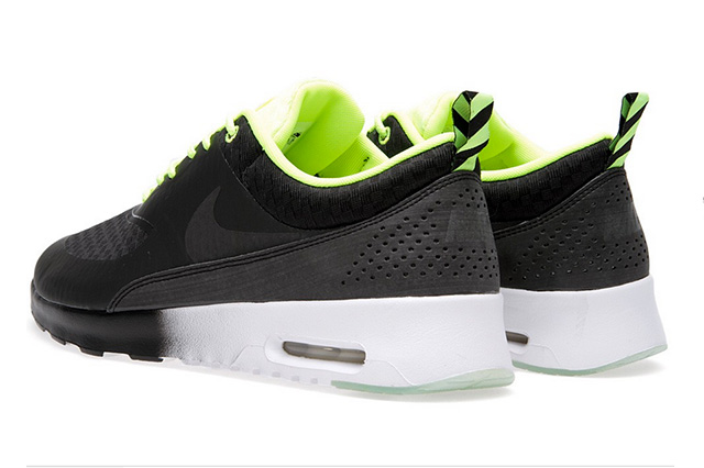 nike-wmns-air-max-thea-woven-qs-black-volt-white-4