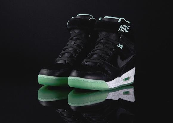 nike-wmns-air-revolution-sky-hi-qs-black-black-arctic-green-2