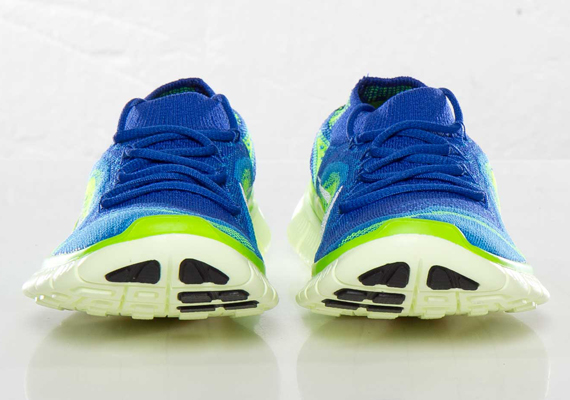 nike-wmns-free-flyknit-game-royal-white-blue-glow-electric-green-3