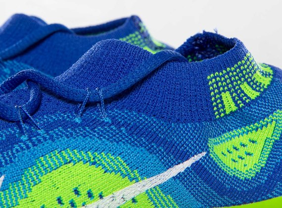 nike-wmns-free-flyknit-game-royal-white-blue-glow-electric-green-6