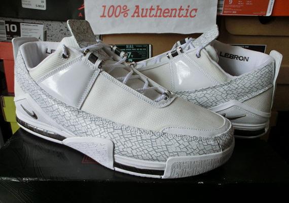 Nike Zoom LeBron II Low Akron PE on eBay