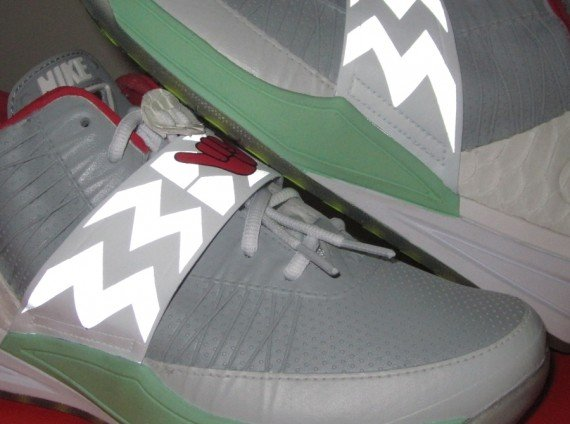 Nike Zoom Revis Shaka Neezy Customs by Brian Villaneuva