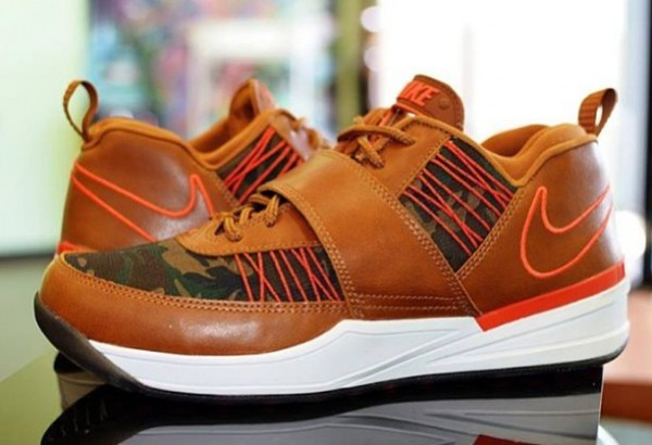 nike-zoom-revis-txt-ext-camo-new-image