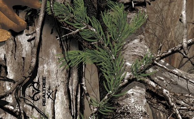 nikeid-teases-realtree-camouflage-option