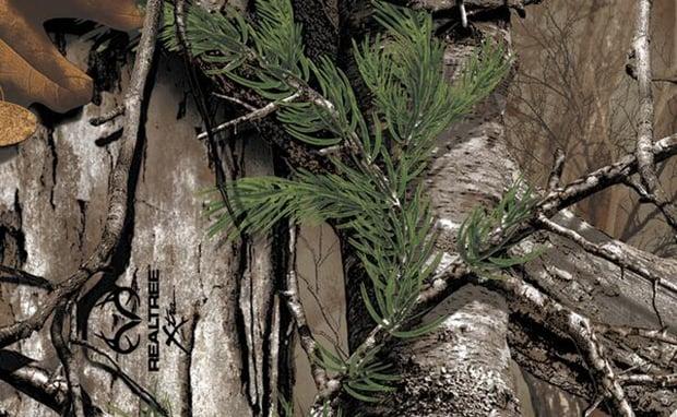 nikeid-teases-realtree-camouflage-option
