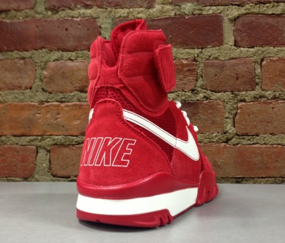 release-reminder-nike-air-shark-trainer-gym-red-sail-gym-red-gym-red-4
