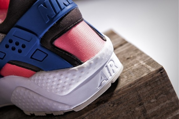 size?-nike-air-huarache-pack-5
