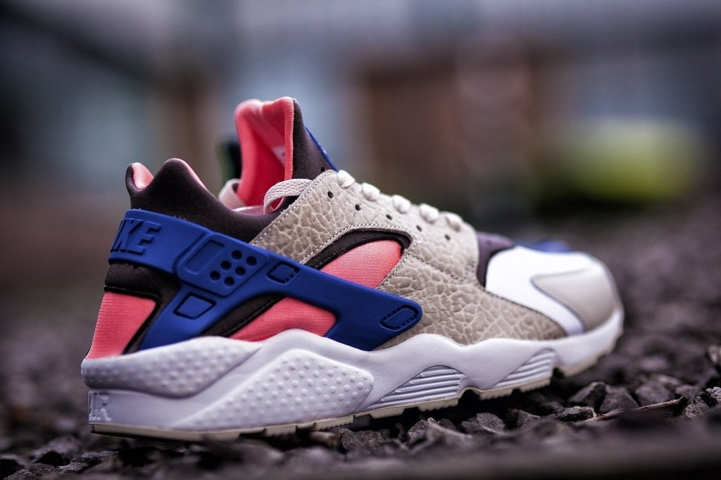 womens nike air huarache nm grey pink