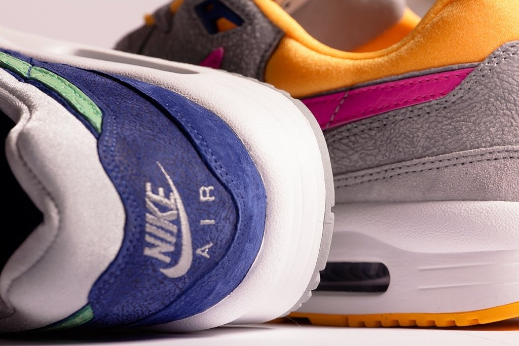 size?-nike-air-max-light-cement-pack-1