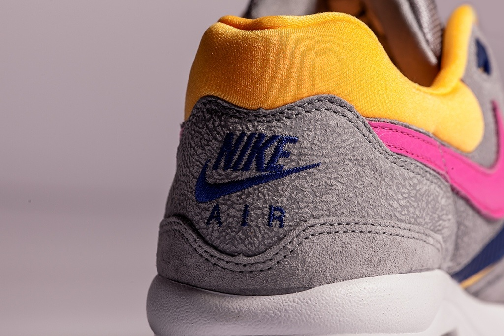 size?-nike-air-max-light-cement-pack-3