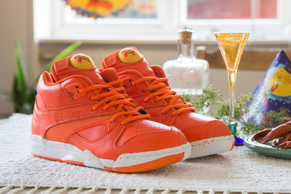 sneakersnstuff-reebok-court-victory-pump-crayfish-party-1