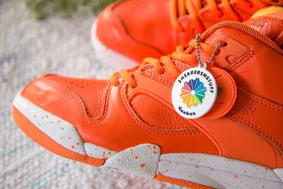 sneakersnstuff-reebok-court-victory-pump-crayfish-party-7