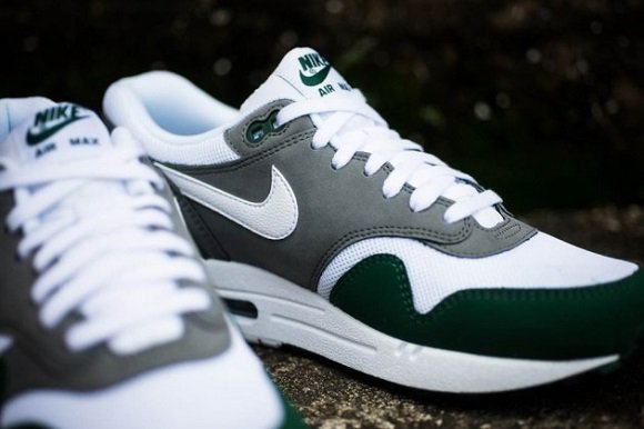 "Nike Air Max 1 Essential ""Gorge Green"" – First Look"